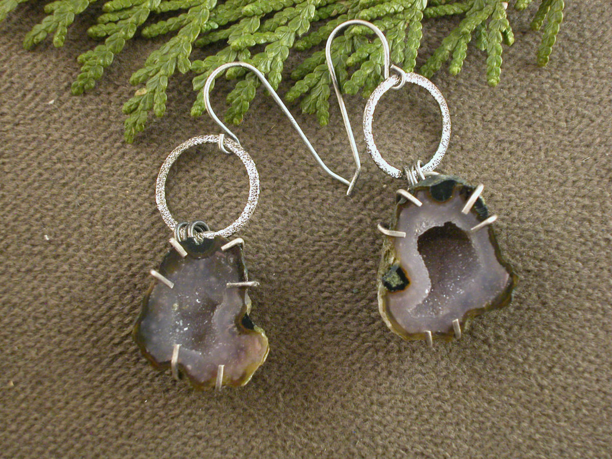 Geode Earrings Brown